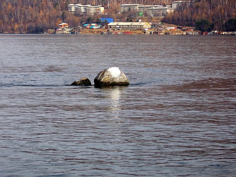 Шаман камень на байкале фото